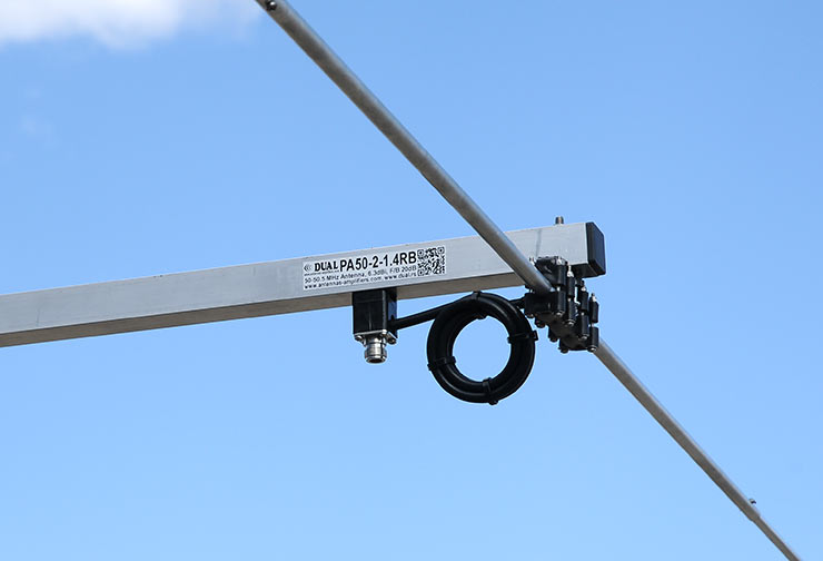 6m-50MHz-Rear-Mount-Wide-Angle-Yagi-Antenna-PA50-2-1.4RB-Dipole-Common-Mode-Balun-View