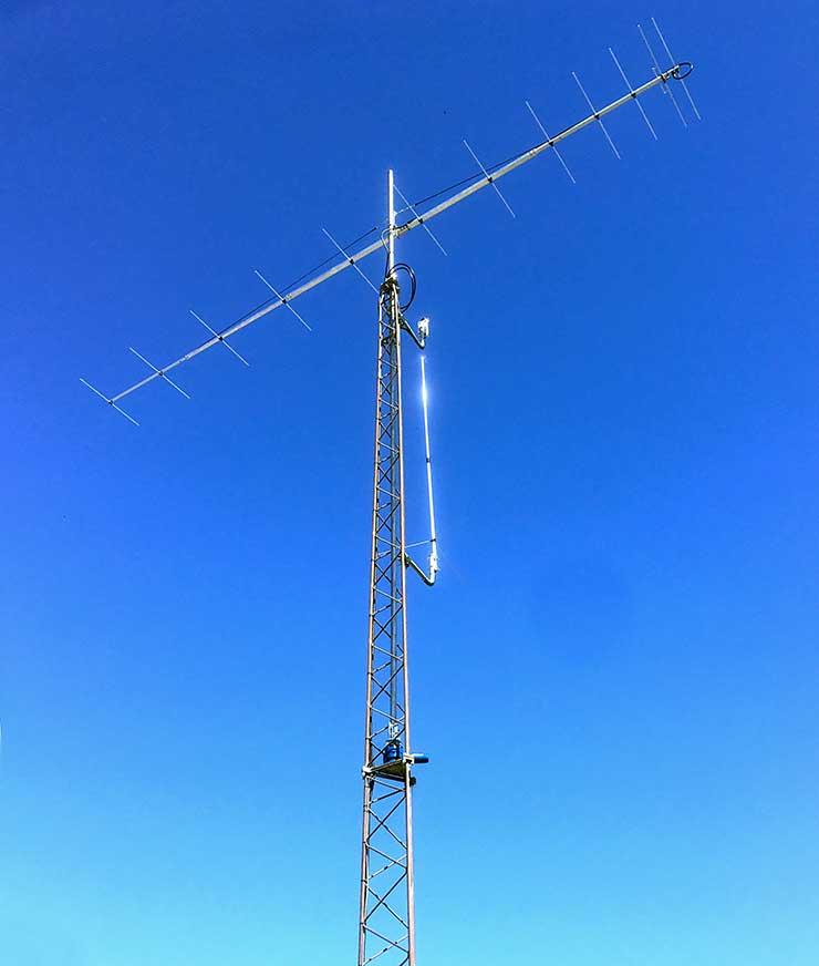 144MHz-Super-Low-Noise-Yagi-Antenna-PA144-12-7BGP-at-DG3EK-Tower