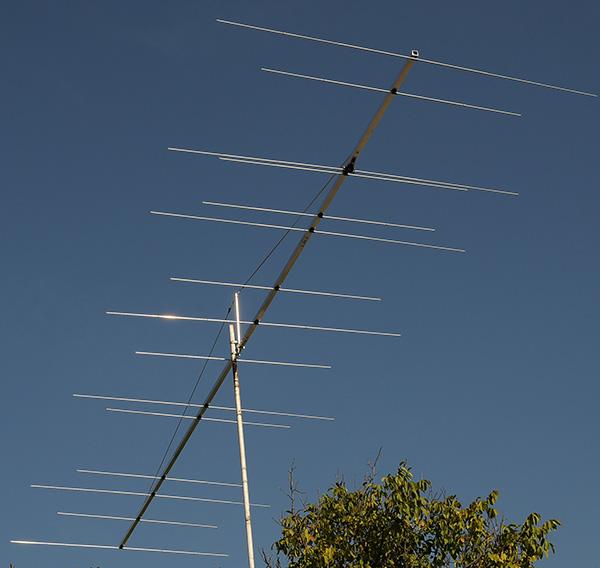 Dualband-50-70MHz-Antenna-PA5070-15-9-www.antennas-amplifiers.com