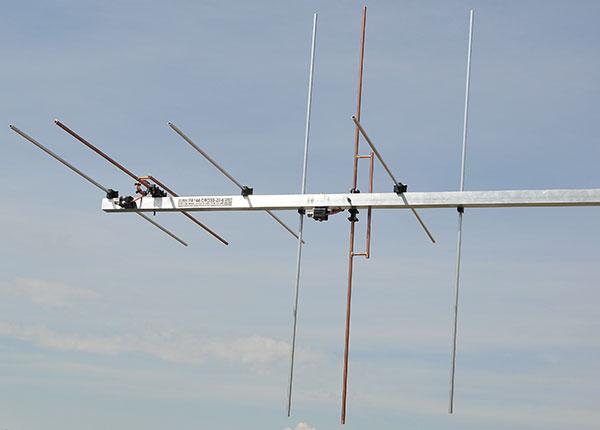 144 mhz-cross-yagi-vhf-contest-eme-low-noise-antenna-2m-dipole-balun-view