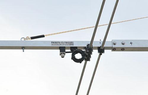DualBand Super Yagi Antenna PA5070-13-7BG-50MHz Dipole Balun Detail
