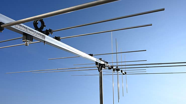50MHz-144MHz 3-band 6m and 2m Horizontal and Vertical Antenna PA50-144HV-17-3-3CB