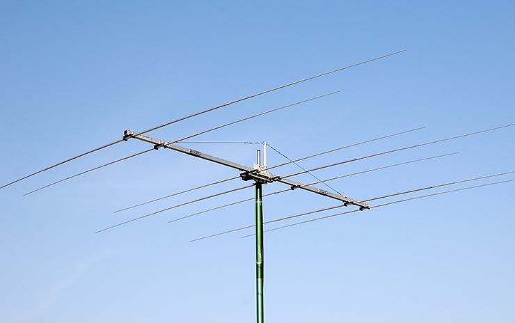 Dual Band 18MHz / 24MHz WARC Yagi Antenna 2B-1824WARC Appearance Mounted Checking SWR