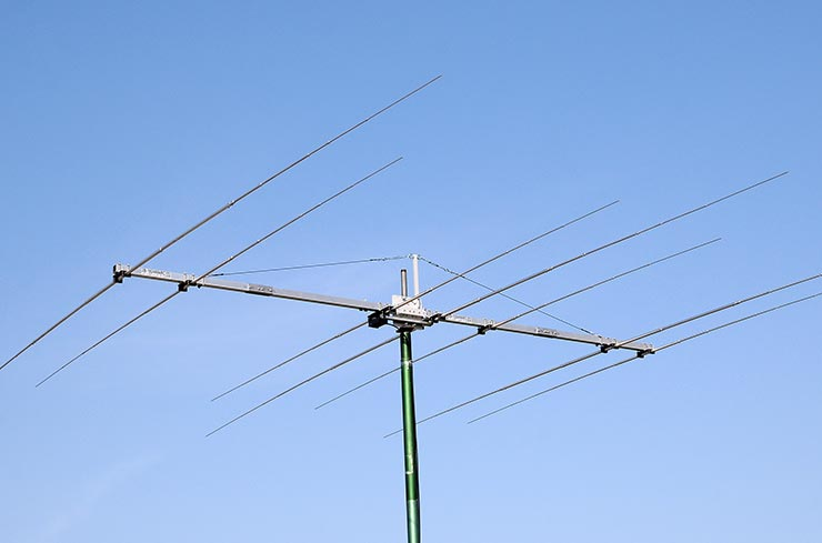 DualBand WARC Yagi Antenna 18MHz and 24MHz 2B-1824WARC Appearance On The Air