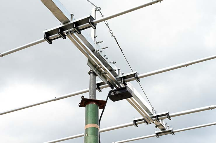 14MHz, 21MHz, 27MHz, 28MHz 3-Band and Citizen Band Yagi Antenna 3B-222 Common Feed Line
